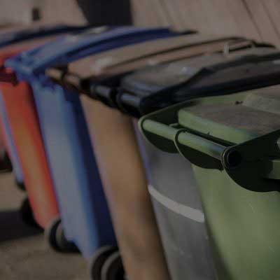 pulizia-cassonetti-e-bidoni-spazzatura-servizi-ecogroup-livorno